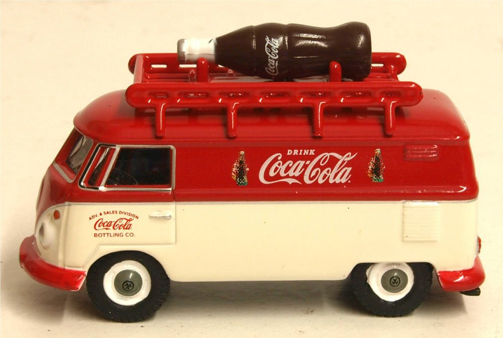Oxford Diecast 76VWS007CC  VW T1 Van with Coca Cola bottle