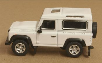 Oxford Diecast 76LRDF012  Land Rover Defender 90 Station Wagon White (HK Reg)