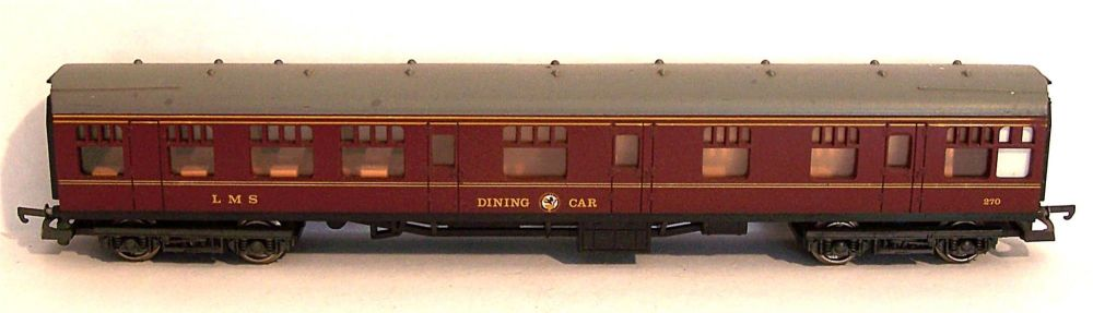 Lima L305323-AT  LMS Mk1 Dining car