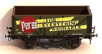 Mainline 37128-SU  7 Plank Wagon 'Persil' (1:76)