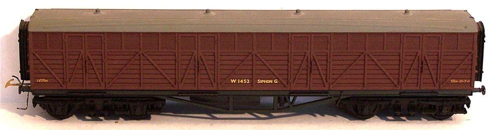 GMR (Airfix) 54307-SU  BR 14T Bogie Syphon G Milk Van (1:76)