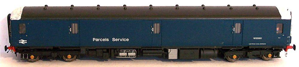 Heljan 8902-AT  BR Class 128 Diesel Parcels Unit (1:76)