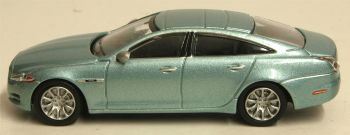 Oxford Diecast 76XJ002  Jaguar XJ Crystal Blue