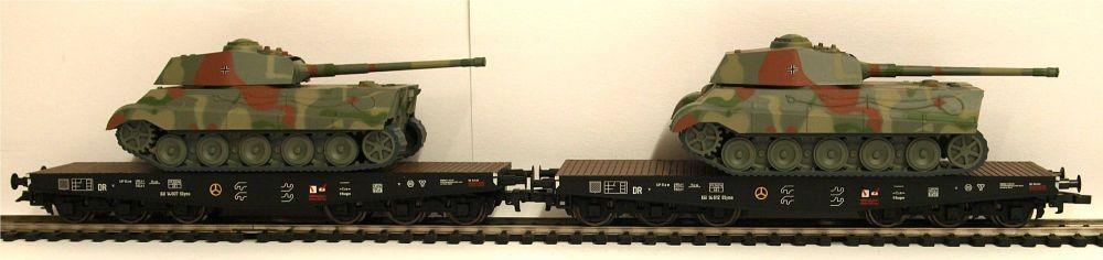Lilliput  L230145  2-unit tank transport set  £94.50  Product Number: