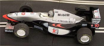 "Scalextric C2124  McLaren West F1 MP4-10 ""David Coulthard"" 1:32"