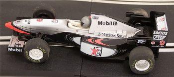 "Scalextric C2105  McLaren West F1 MP4-10 ""Mika Häkkinen"" 1:32"