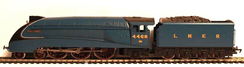Hornby R2973M  Class A4