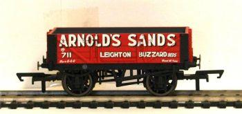 Hornby R6862  4 Plank wagon 'Arnold Sands' 711