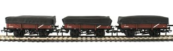 Bachmann 33-091  5 Plank China Clay 3-Wagon Pack BR Bauxite (Early) with Covers