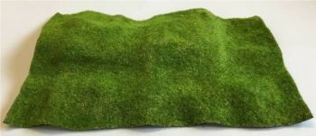 Tasma 01025  Green Grass Hill