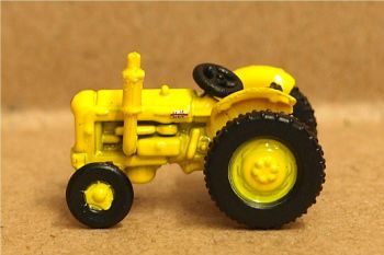 Oxford Diecast NTRAC003   Yellow Fordson Tractor - 1:148 Scale