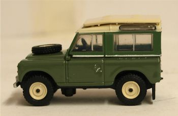 Oxford Diecast 76LR2AS003  Land Rover Series IIA Station Wagon Pastel Green
