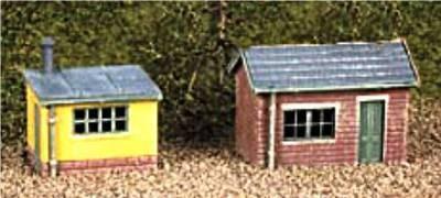237     2 Lineside huts (1 brick 1 wood)