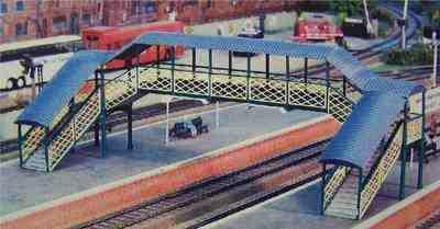 548  Covered footbridge