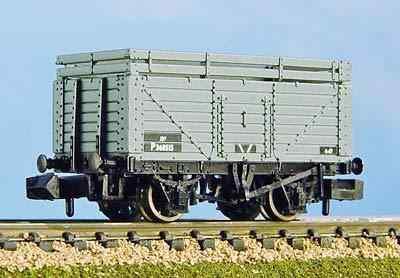 377-176A  7 Plank coke rail BR grey
