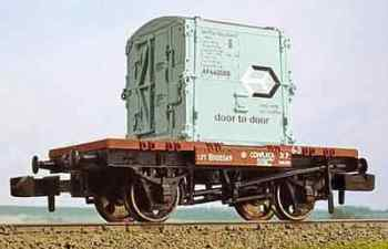 Graham Farish 377326  Conflat with AF container