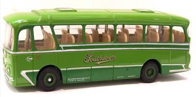 12101-SU  Harrington coaches Cavalier 'Southdown' (EFE 1:76)