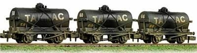 373-665   Triple pack  weathered 14ton tank wagons 'Tarmac'