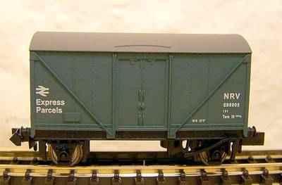 NB-068A  Parcels van