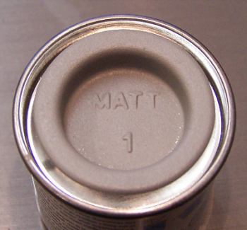 Humbrol 01  (Matt) Enamel  Grey Primer AA0014