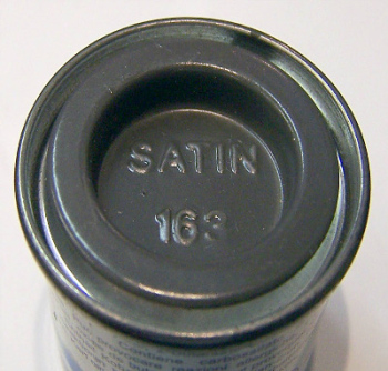 163  Humbrol (Satin) Enamel  Dark green AA1777