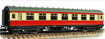 Graham Farish 374836 	Stanier Second Corridor BR Crimson & Cream