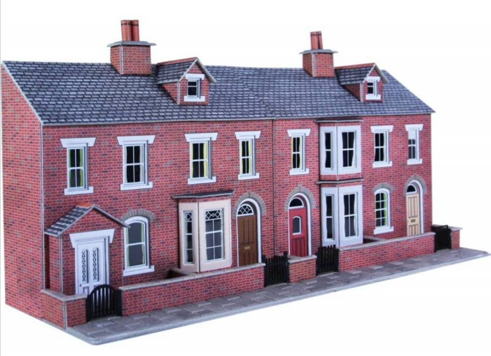 PO274  Low relief terrace house fronts (red brick)