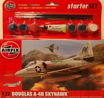 Airfix A55203  Douglas A4-B Skyhawk Medium Starter Set 1:72