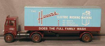 EFE  E19501  AEC Mammoth Articulated Box Van 'Hoover' 1:76