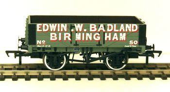 Bachmann 37062A  5 Plank wagon 'Edwin Badland'