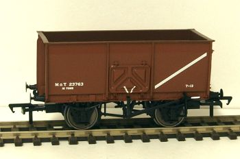 Bachmann 37426C  16t Slope sided mineral wagon