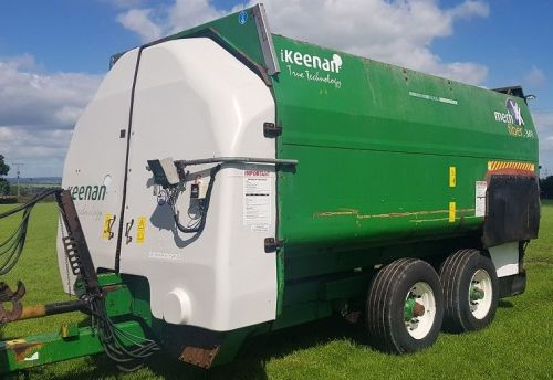 0156: Keenan 380 Tandem Axle Mech Fibre Diet Feeder. Year 2014