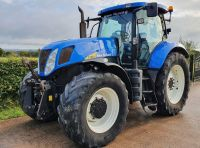 0156: New Holland T7030 Power Command, Year 2009.