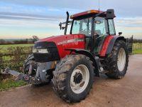 0128: Case Maxxum MXM140 Tractor Year 2002.