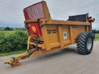 0090: Richard Western Delilah  D2100  2000 Series, 10 Ton Rear Discharge Spreader, Year: 2014