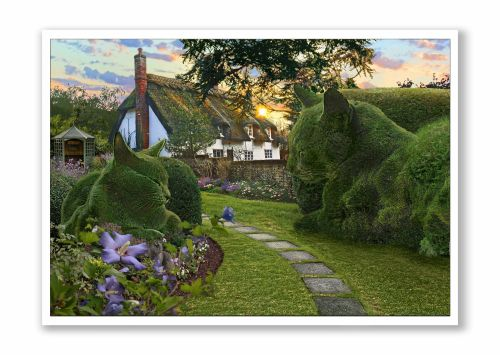 *NEW* Topiary Cat Thatched Cottage Idyll
