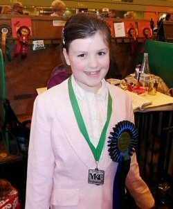 Lauren winning 2nd YKC Toy Handling 2010