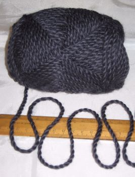 100g ball Very Dark Bluey Purple 100% Pure Merino knitting Wool Worsted Spun Thick Chunky