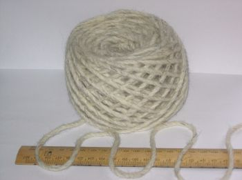 100g 100% pure British undyed Swaledale Thick Chunky knitting wool Cream Grey
