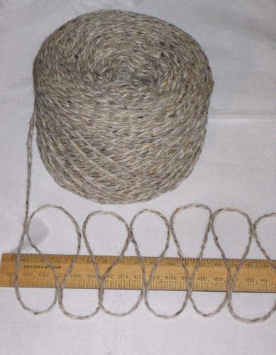 100g Grey Beige Oatmeal Tweed 100% English Wool Double knitting yarn dk 2/4nm 'Knock'