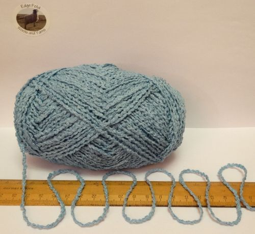 100g Sky Blue Boucle 100% Pure British Breed Wool double knitting dk yarn EFW 815