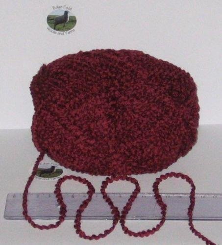 100g balls Burgundy wavy Boucle 100% Pure British Wool knitting yarn Chunky