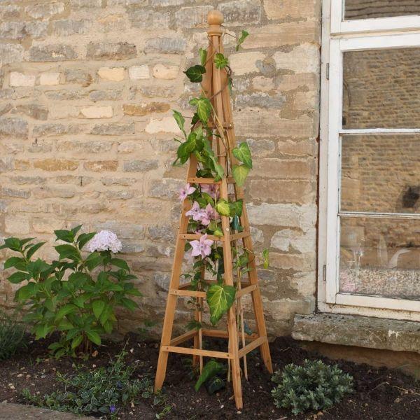 <!-- 015 -->Garden Obelisks
