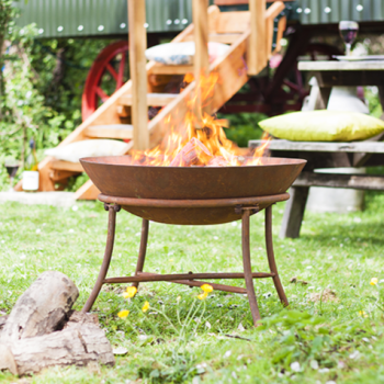 La Hacienda Karat Oxidised Cast Iron Firepit with Steel Stand
