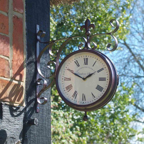 Smart Garden Marylebone Station Wall Clock & Thermometer