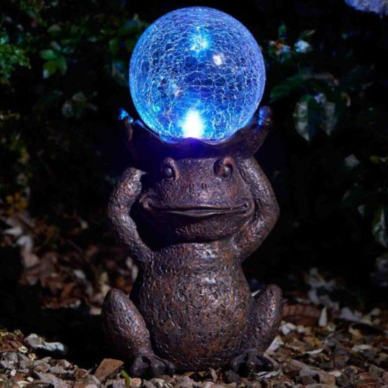 Smart Garden Grazing Frog Solar Garden Ornament