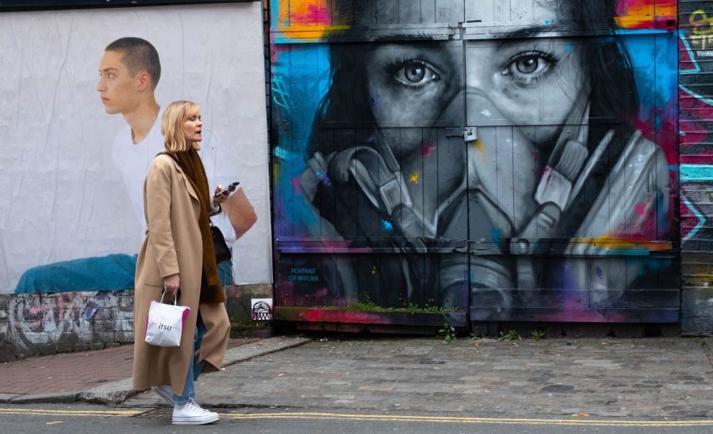 Street Art - photo by Iain Capie