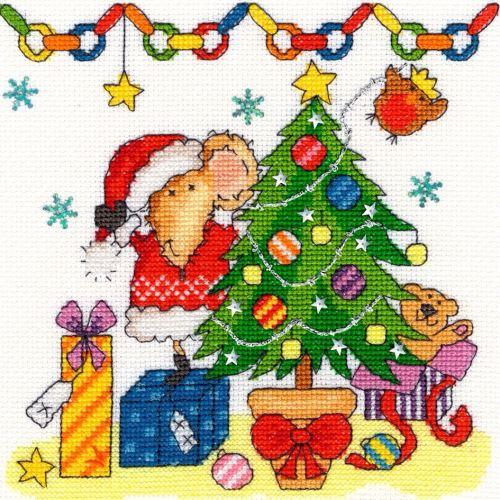 Mouse celebrates Christmas - Bothy Threads