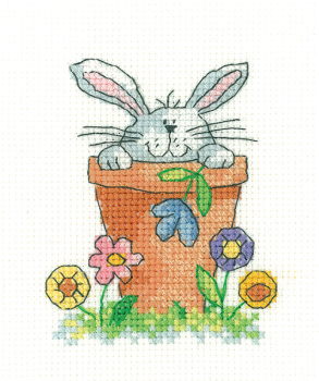 Peeping - Simply Heritage Cross Stitch