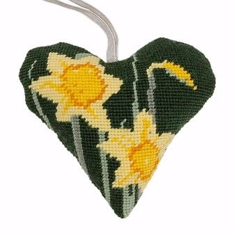 Daffodil Lavender Heart Tapestry (Buy 2 for £27)